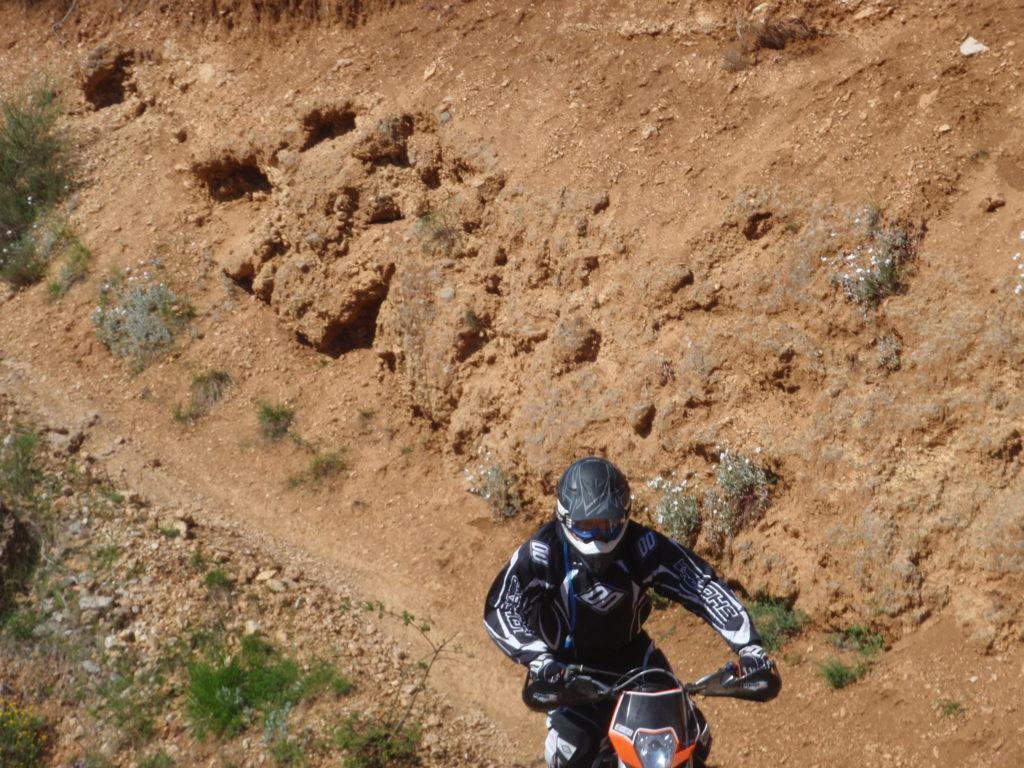 les Burrons. Randonée moto enduro tout terrain avec SudRando